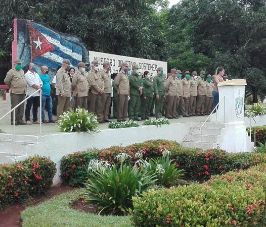 Oficiales de las FAR en Camagüey son ascendidos al grado inmediato superior