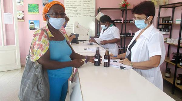 Reajustan precios minoristas a medicamentos en Cuba
