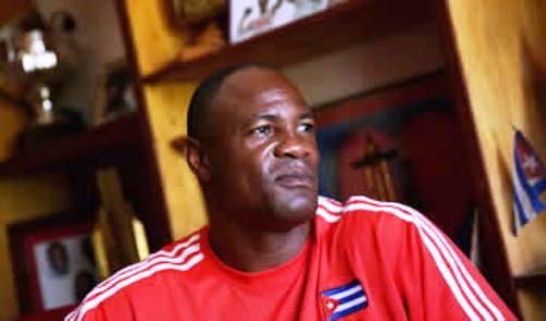 Reconoce Asociación Internacional de Boxeo al cubano Félix Savón