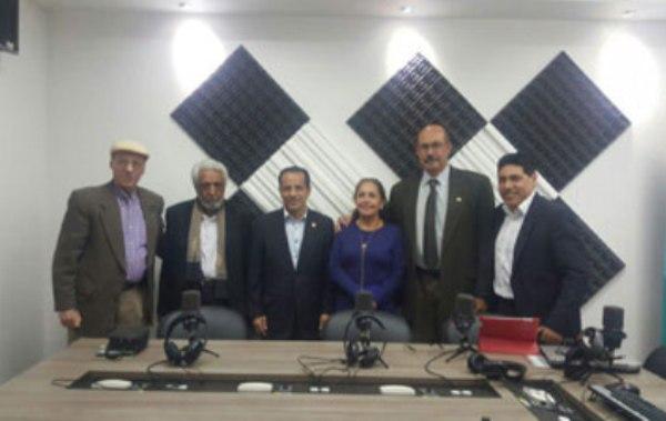 Homenaje de la Radio ecuatoriana a Fidel Castro