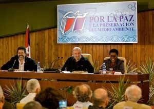 Texto del diálogo de Fidel con intelectuales será presentado en varias capitales
