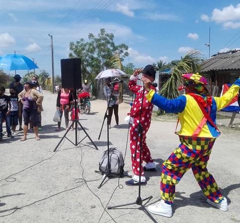 Guerrilla Cultural de instructores de arte camagüeyanos llega al municipio de Florida