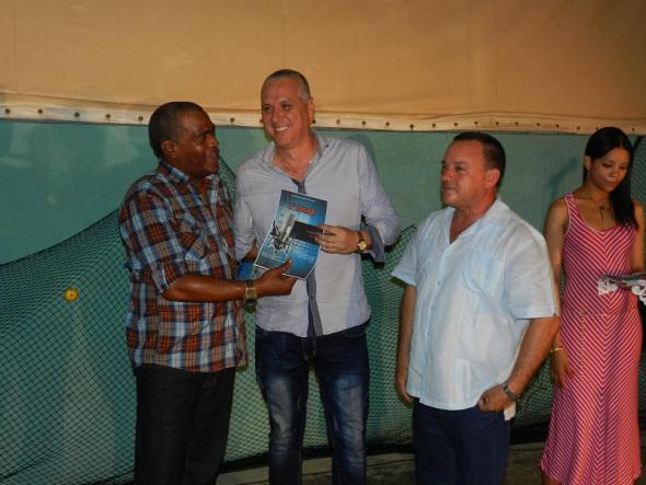 Premian a ganadores del Festival Provincial de la Radio camagüeyana (+ Fotos)