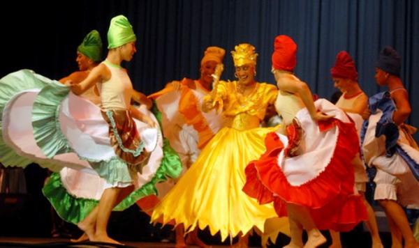 Metodólogos y bailarines cubanos participan en Camagüey en Seminario Nacional de Danza