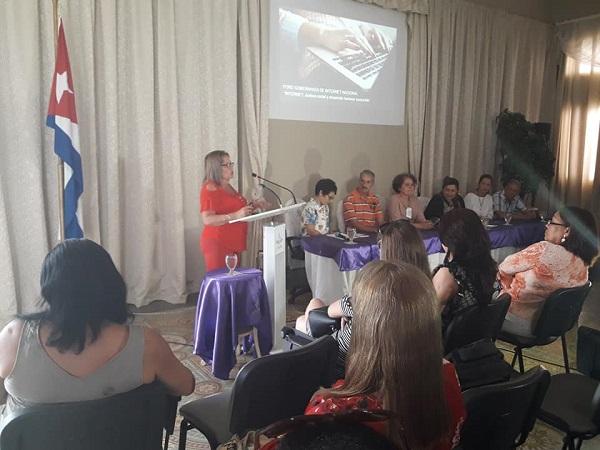 Debaten en Camagüey sobre gobernanza en Internet (+Videos)