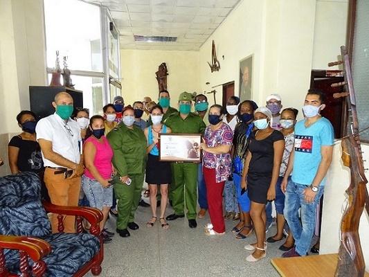 Felicita Consejo de Defensa a trabajadores de Radio Cadena Agramonte en su aniversario 63 (+Post y Fotos)