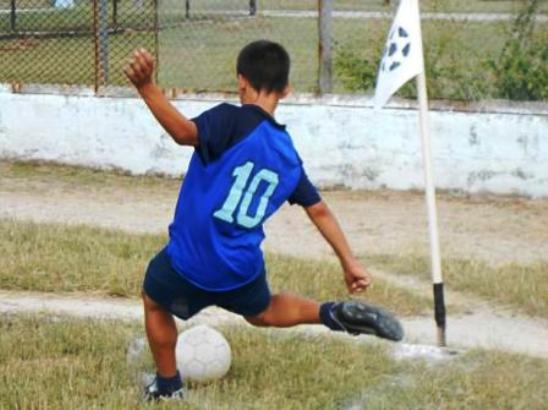 Camagüeyanos con buen paso en Fútbol de Olimpiada escolar