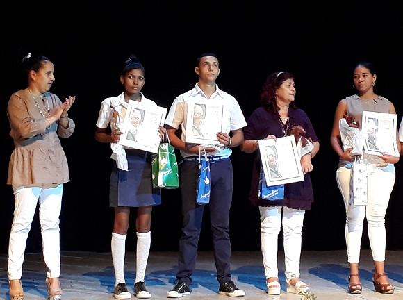 Camagüey contará a partir de septiembre con más de 300 nuevos maestros (+ Post y Video)