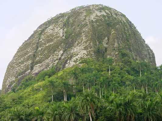 Una Gran Piedra atesora el oriente de Cuba