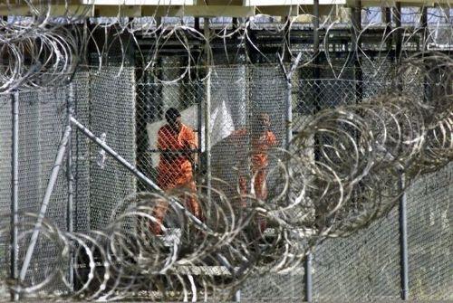 Quedan 61 presos en Base Naval estadounidense en Guantánamo