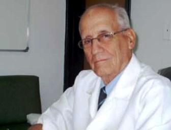 Reconoce Convención de Hospital Ameijeiras a científico cubano