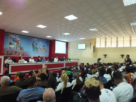 Analizan especialistas cubanos en Camagüey particularidades de ley Helms-Burton