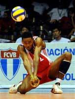 Lidera ataque Henry Bell en Liga Mundial de Voleibol