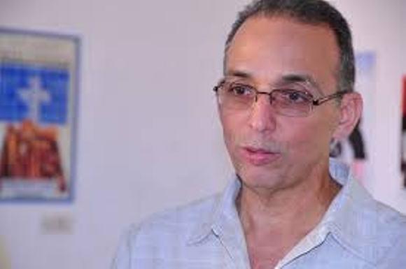 Participa Antonio Guerrero en foro en solidaridad con Venezuela