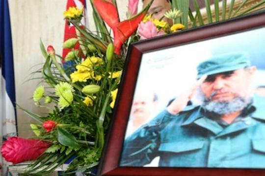Abierto libro de condolencias en Colombia por fallecimiento de Fidel