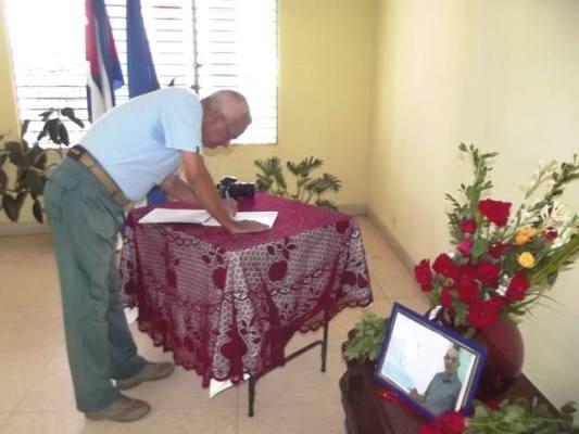 Tributo de los periodistas camagüeyanos al colega Antonio Moltó (+ Fotos)