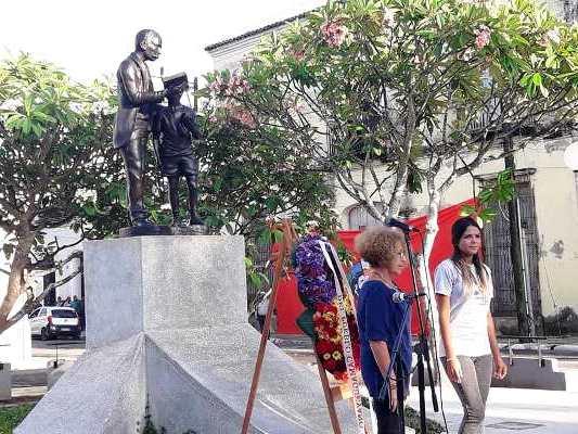 Homenaje de la juventud camagüeyana a José Martí (+Fotos)