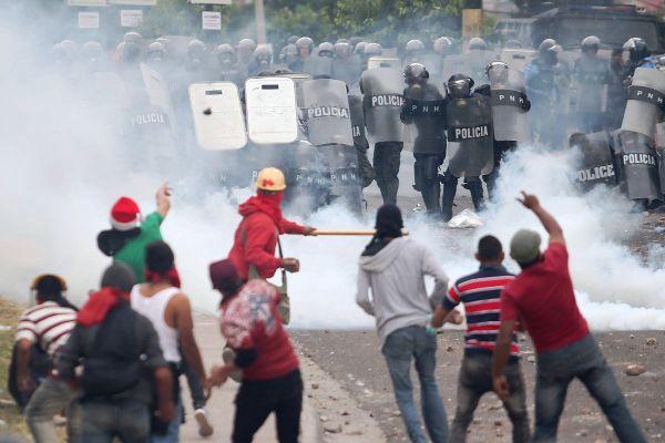 Crece rechazo popular en Honduras tras resultados electorales