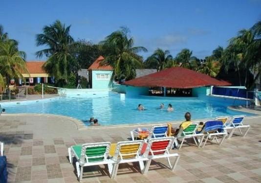 Beneficiados hoteles en principal balneario camagüeyano con convenios de administración compartida