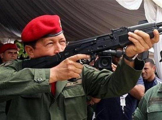 Hugo Chávez destaca ayuda de China para construir viviendas en Venezuela