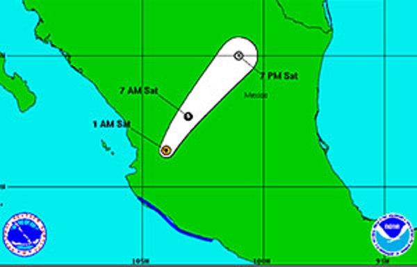 Patricia pierde intensidad, pero mantiene fuertes lluvias en México