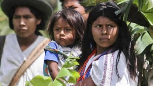 Indígenas denuncian crímenes tras firma de paz en Colombia