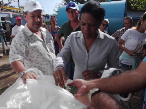 Chequea Vicepresidenta cubana inversiones en planta potabilizadora del camagüeyano municipio de Guáimaro