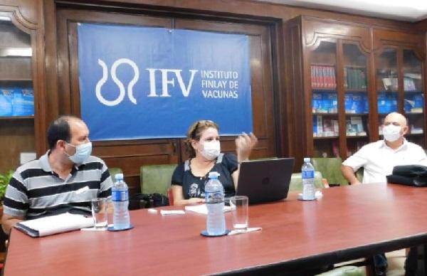 Constata Viceprimer ministro cubano avances en ensayos clínicos de Soberana 01