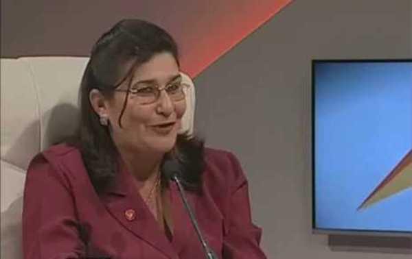 Felicita Presidenta del Gobierno en Camagüey a Radio Cadena Agramonte
