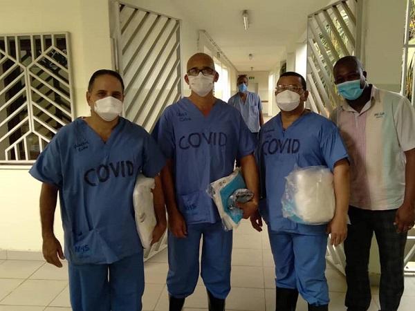El doctor Valentín Santiago va por la vida colmado de recompensas (+ Audio, video y fotos)