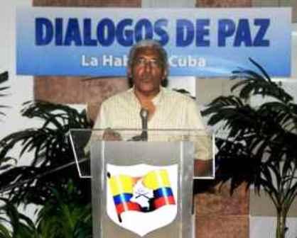 FARC-EP y gobierno colombiano reanudan diálogos por la paz