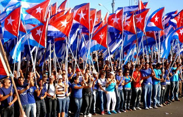 Destaca Raúl Castro méritos de la juventud cubana