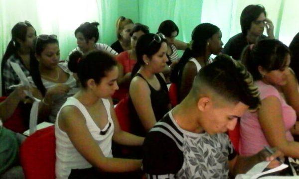 Jóvenes camagüeyanos con protagonismo en el proceso electoral