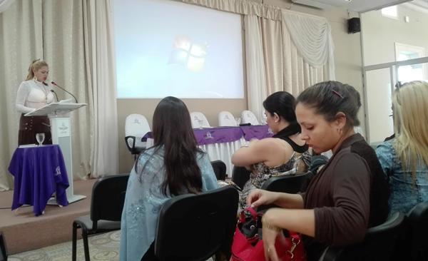 Jóvenes radialistas camagüeyanos analizan su labor en 2017