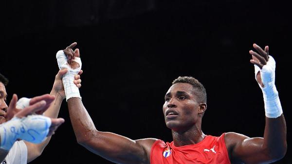 Camagüeyano La Cruz completa septeto cubano en final mundialista de Boxeo