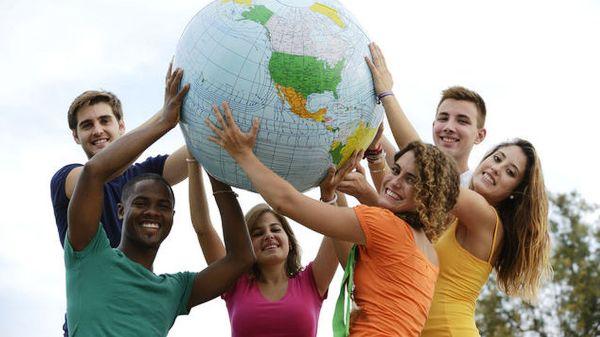 Acoge Cuba debate internacional sobre infancia y juventud