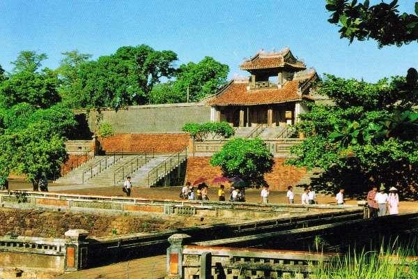 Ciudad Imperial de Hue ratifica preferencia de turistas en Vietnam