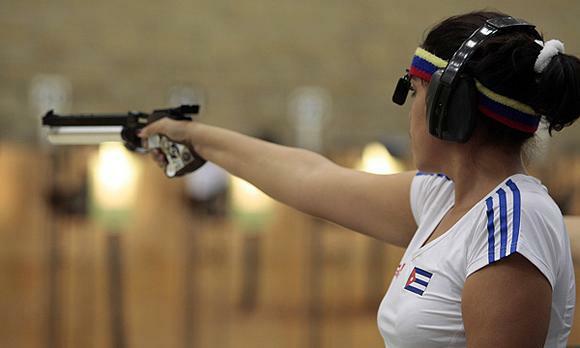 Pistolera Laina Pérez fuera de la final en el torneo de tiro en Olimpiadas de Tokio