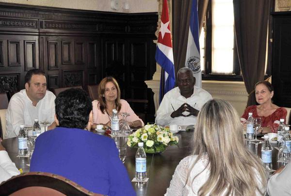 Esteban Lazo destaca las excelentes relaciones de Cuba y El Salvador