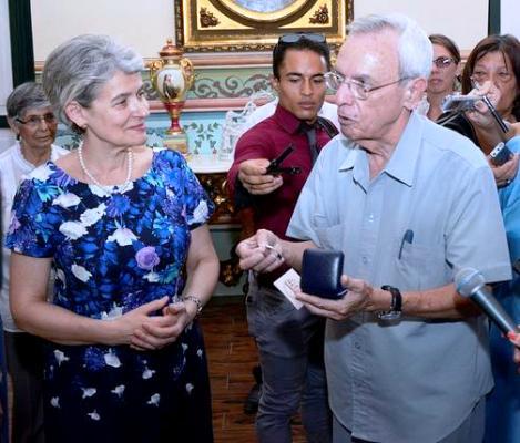Distinguen en Cuba a Directora General de la UNESCO