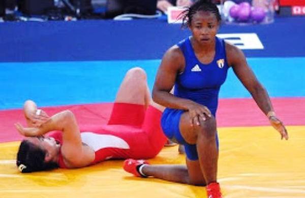 Gladiadora Yudaris Sánchez regaló a Cuba primera medalla en Mundial de Lucha
