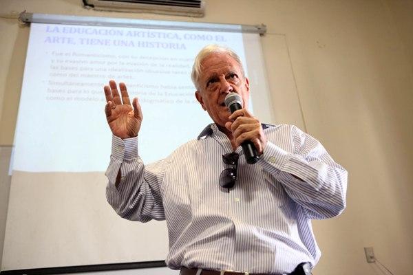 Camagüeyano Luis Álvarez Álvarez reconocido en Santa Clara como Huésped Distinguido