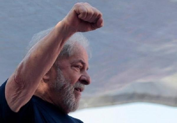 Formalizan propuesta de Lula al Premio Nobel de la Paz