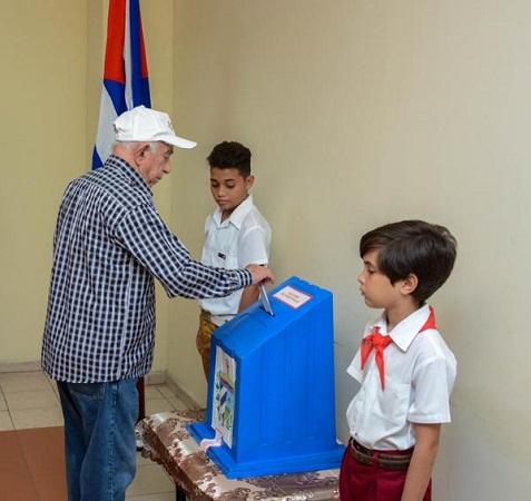Machado Ventura destaca calidad de proceso de elecciones en Cuba