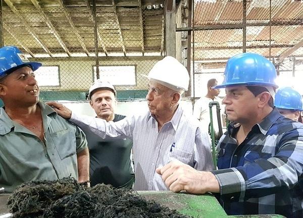 Convoca Machado Ventura en Camagüey a elevar eficiencia de la zafra azucarera (+Fotos)