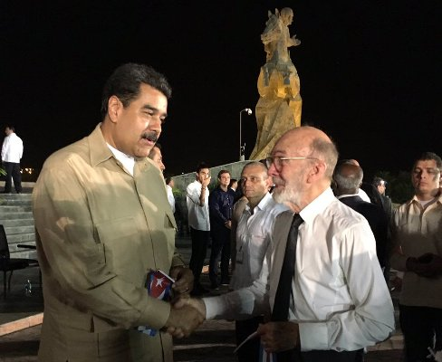 El Cuate por un 1ro de Mayo junto a Fidel y Maduro