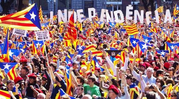 Masiva manifestación en Barcelona por independencia de Cataluña
