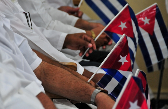 Cuban Doctors Work on the Chart of Aggressions against Venezuela