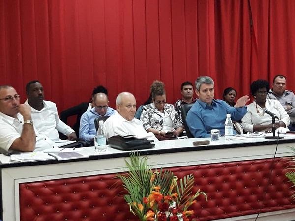 Ministro cubano evalúa en Camagüey programa de informatización