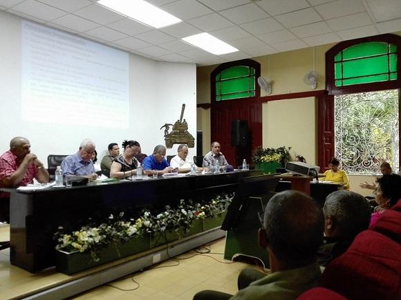 Viceministro del Trasporte evaluó en Camagüey proceso de actualización de Licencias Operativas
